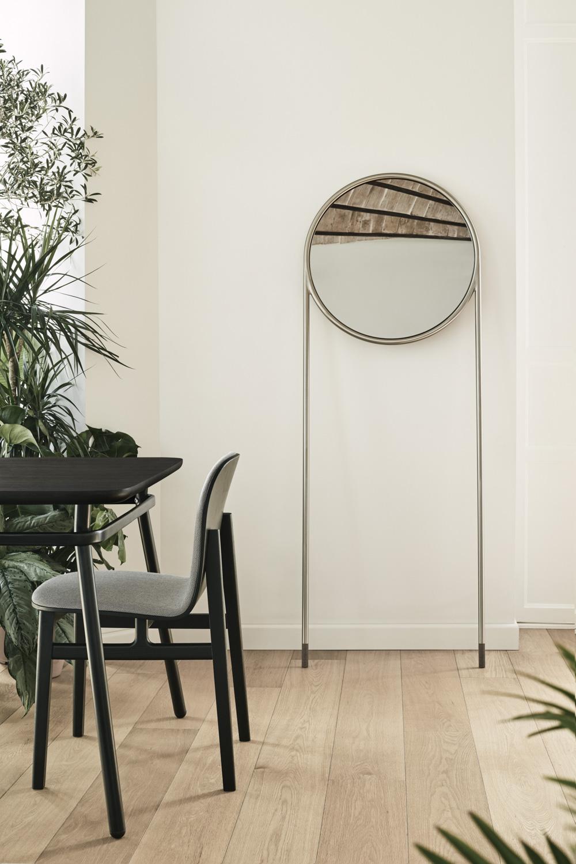Omelette-Ed Circular-Mirror