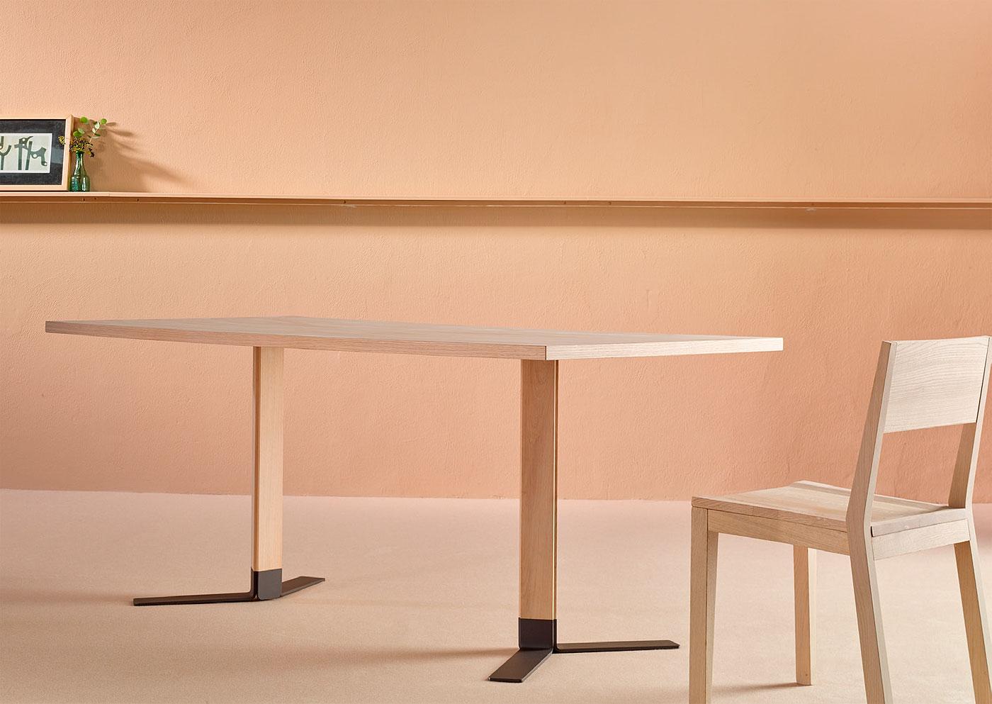 c-pie-mesa-tero-pensi-design-studio-1
